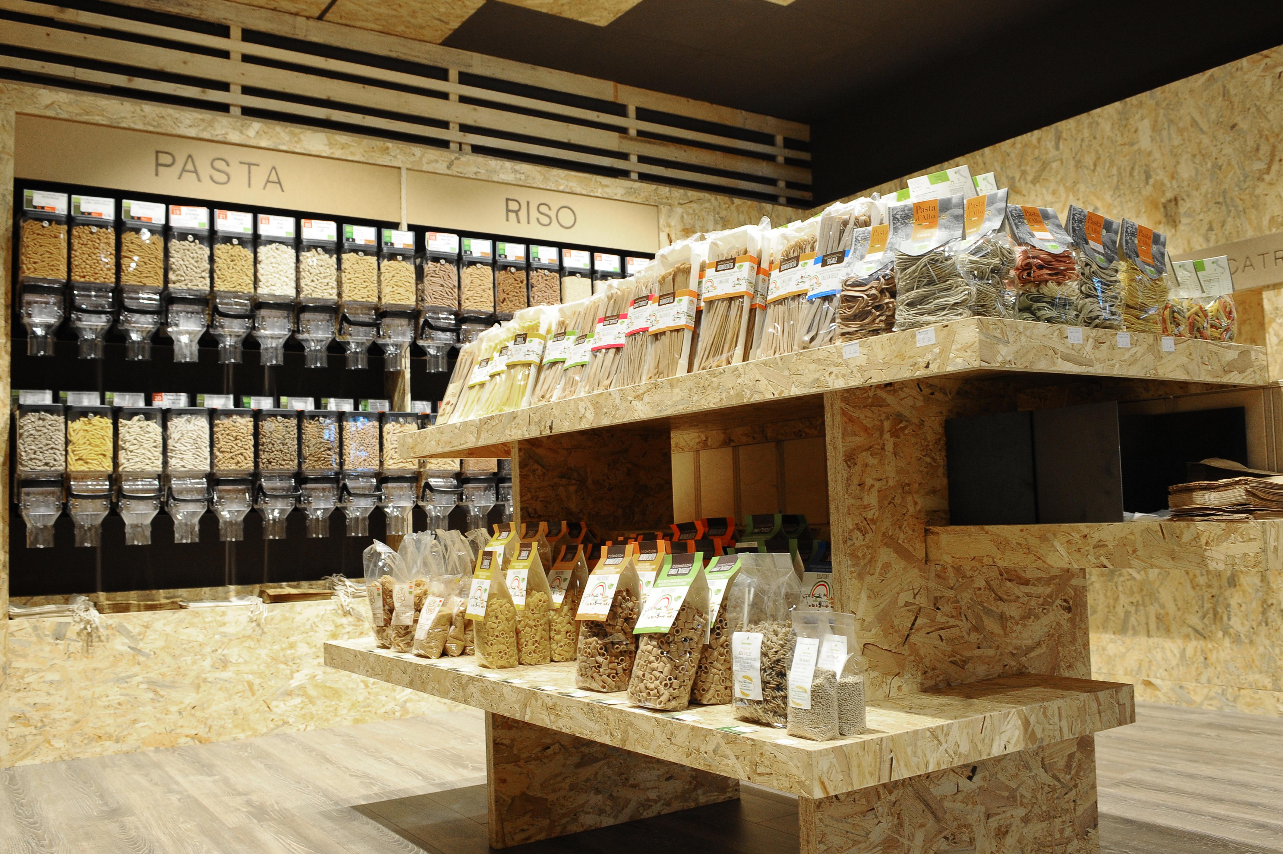 Beautiful negozi arredamento bergamo photos for Outlet arredamento calenzano